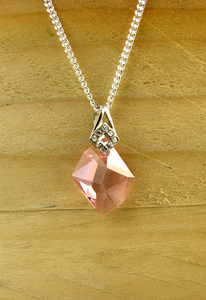 Collier cristal rose Scintillation